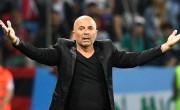 随着球员拒绝让经理解雇,阿根廷队老板豪尔赫·桑波利将丢弃塞尔吉奥·阿奎罗